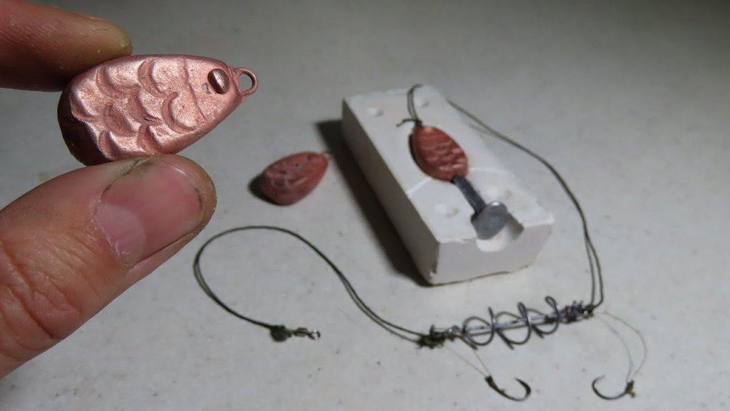 Как отлить рыбное грузило из свинца для донки