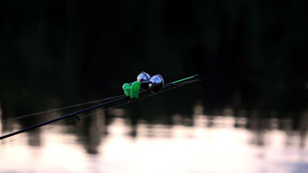 Рыбалка на донку с берега 2020. Река Вычегда.