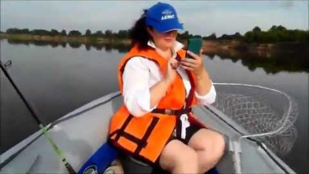 Река Ока. Лодка Азимут Вектор и Honda BF20. Покатушки.