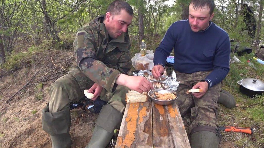 Щука в фольге на костре / обед на природе / отдыхаем после рыбалки.
