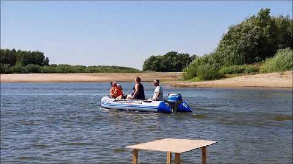 Honda BF20 и лодка Азимут Вектор 370  река Ахтуба