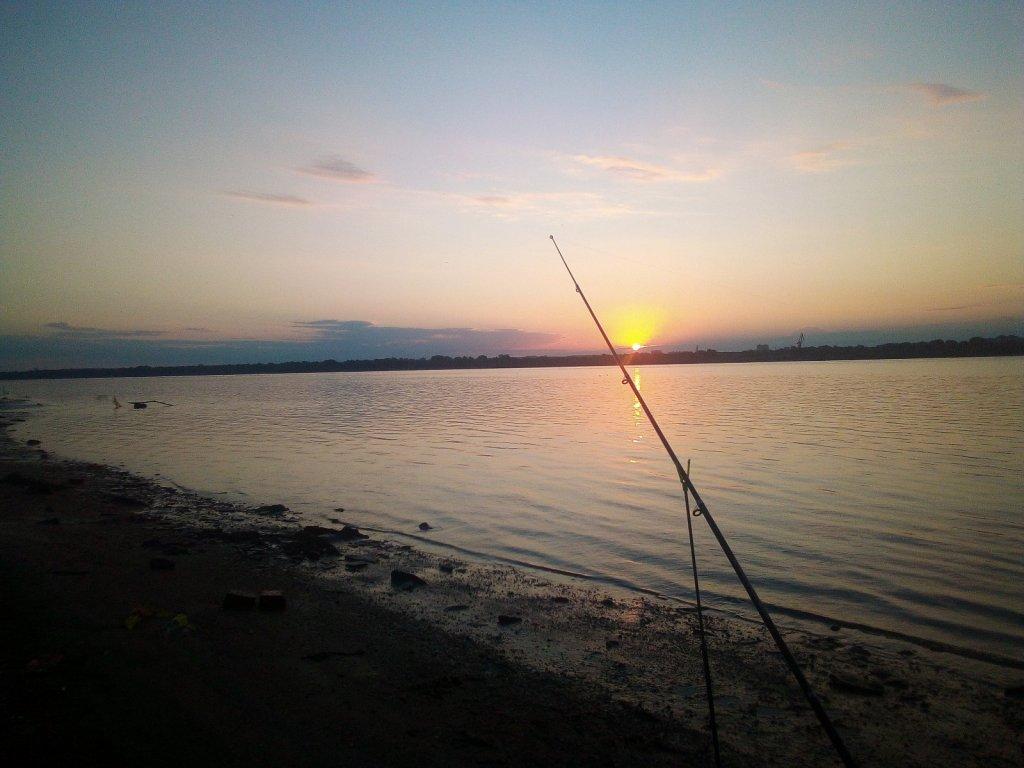 Рассвет у воды незабываем!