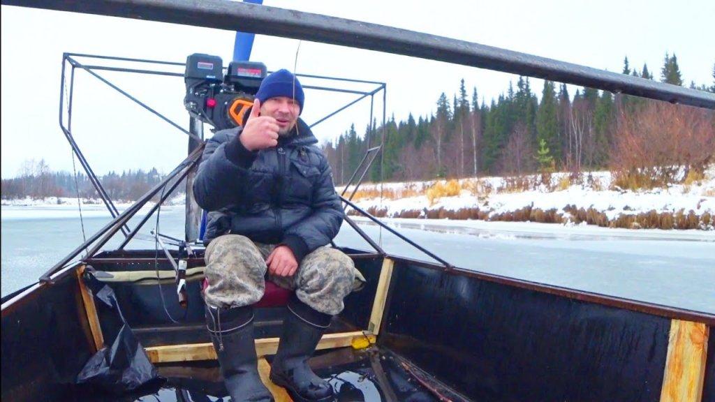Аэролодка / первый лёд / пробую рыбачить на блесну по тонкому льду.