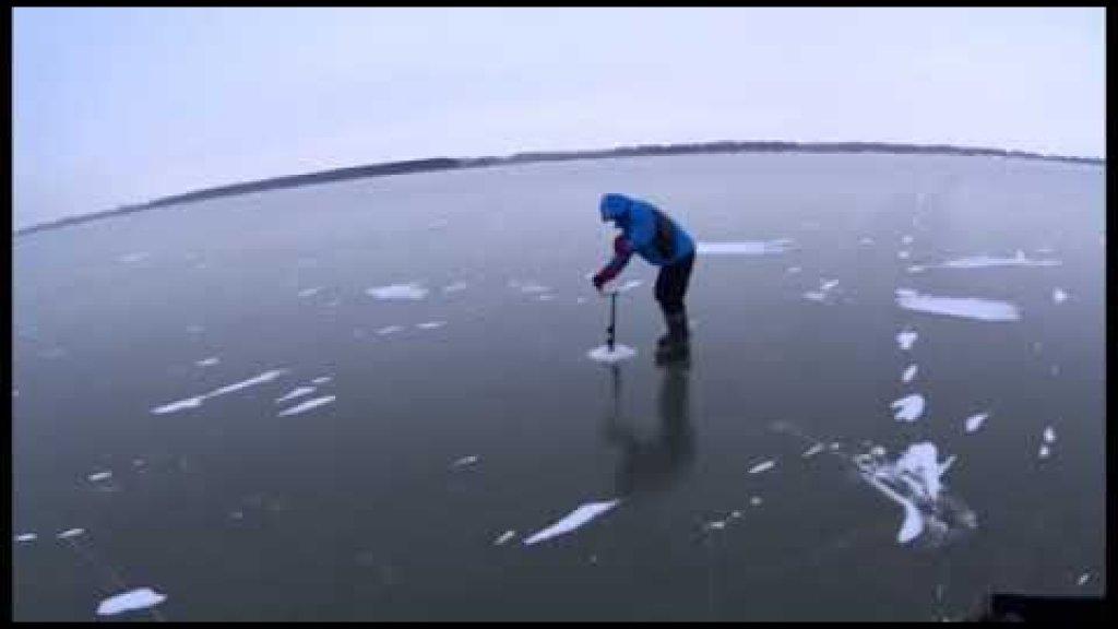 Первый лёд.Первый выезд на рыбалку на судака Видео отчёт 23.11.2020