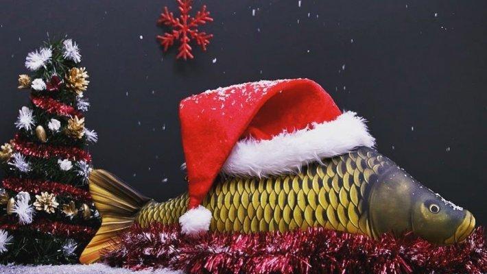 Поздравляем рыбаков с Новым годом!
