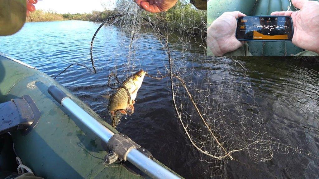 Рыбалка на сети. Нашел рыбу с помощью эхолота. Ставлю сети и ловлю.