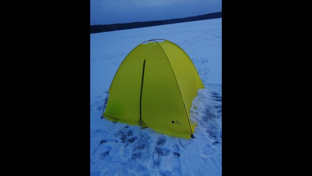 """Палатка для зимней рыбалки из """"Галамарта"""" за 1499 рублей. Проверяем, стоит ли своих денег"""
