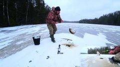 Зимняя рыбалка/Крупные щуки на самоловки/Перволёдок 2020
