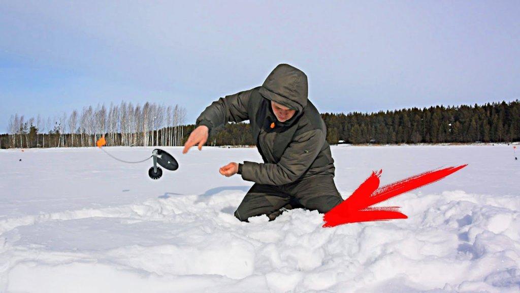 ПОСТАВИЛ ЖЕРЛИЦЫ И СРАЗУ СРАБОТКИ! Рыбалка на щуку весной! Ловля щуки на жерлицы…