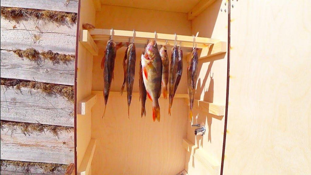 Рыба холодного копчения у себя в огороде. Деревенский быт