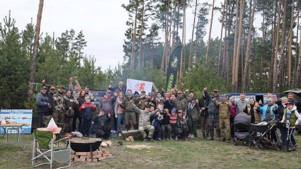 Томские рыбаки провели субботник на любимом озере