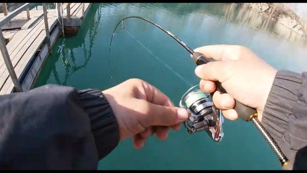 Открыл СПИННИНГОВЫЙ сезон ФОРЕЛЬЮ!!! Форелевая рыбалка на Изумрудном. Такая ловля форели в Сибири.