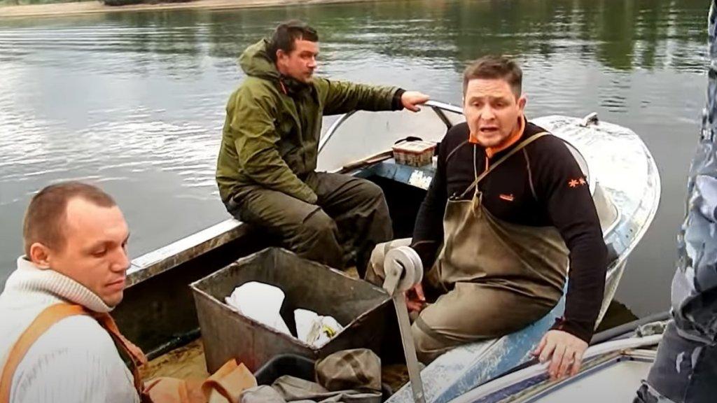 Как нужно задерживать браконьеров на рыбалке