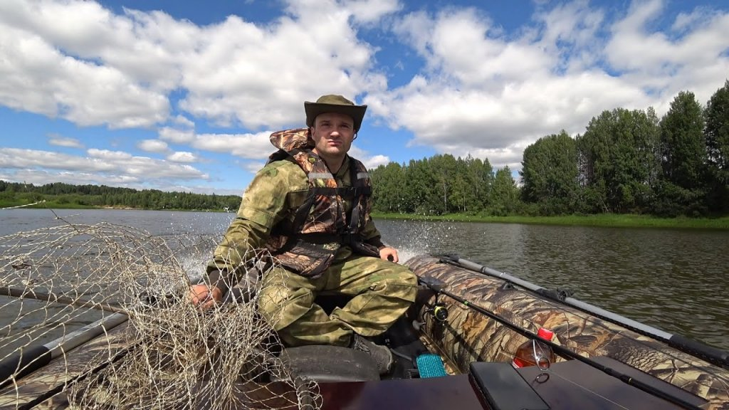 Рыбалка с лодки в новых местах. ЛОДКА БЕРЕГ 320 Лайт. Мотор HIDEA HD9.8.