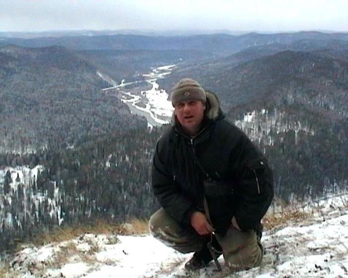 вид на реку Мана с горы Уук