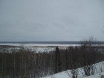 Вот там много озер