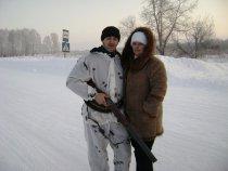 Моя супруга Светлана.Увозит и привозит нас с охоты.