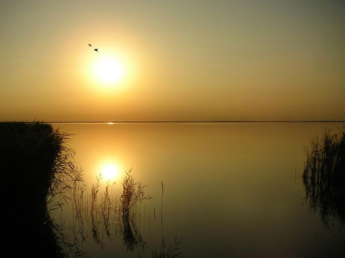 Закат на озере Аткуль