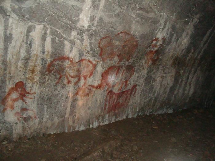 рисунки наших предков-охотников (капова пещера)