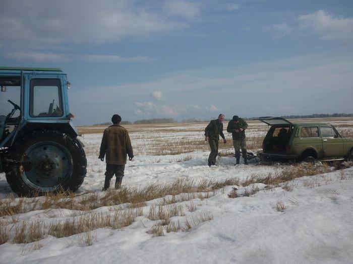 лучший друг охотника - трактор:)