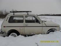 Снегу намело,что нива отказывалась двигаться