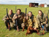 Блин картина 4 охотника и помощник