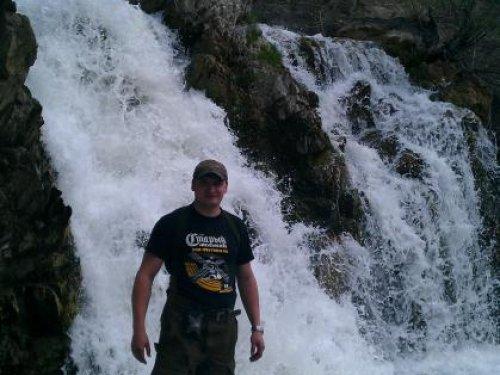 водопад 7 метров.....д.Белово НСО......90 км от Новосибирска