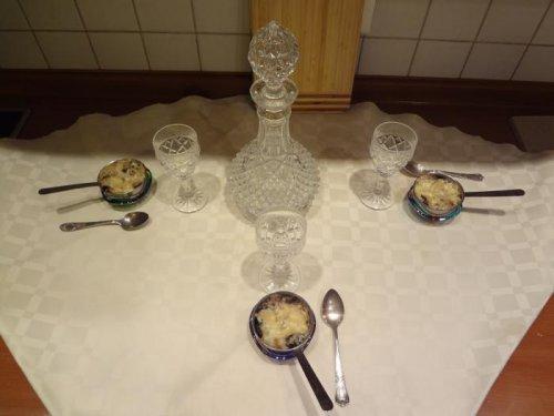 Горячая закуска к русской водке из субпродуктов ( жульен)
