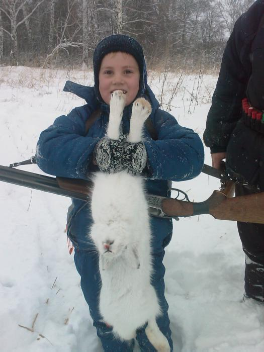 Брательник с зайцем)