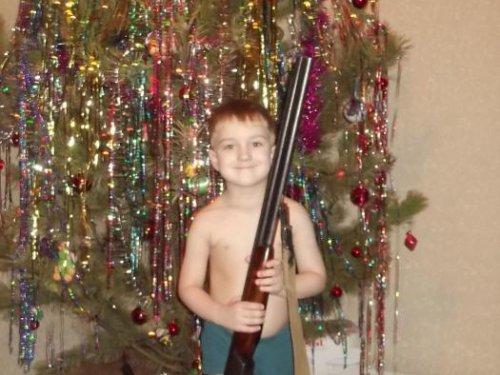 Дед Мороз хочу тоже ружье?!