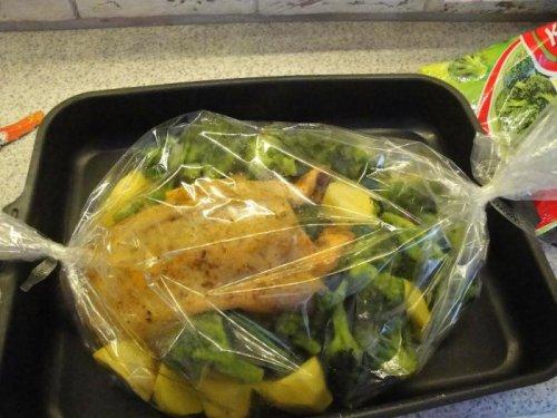 Утка в овощах