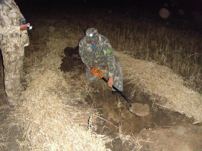 воспоминания о охоте на гуся2009г.ночью надо яму копать