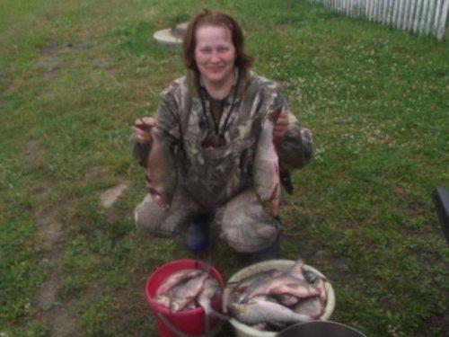 Когда нельзя охотится ловим рыбу.