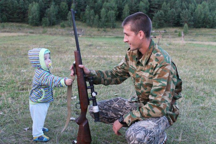 На стрельбище с сыном.