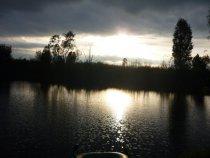 На реке Уень, вечерком...