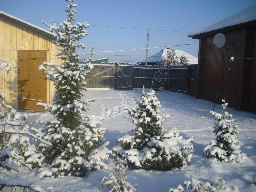 Вот такой снег у нас сегодня выпал.