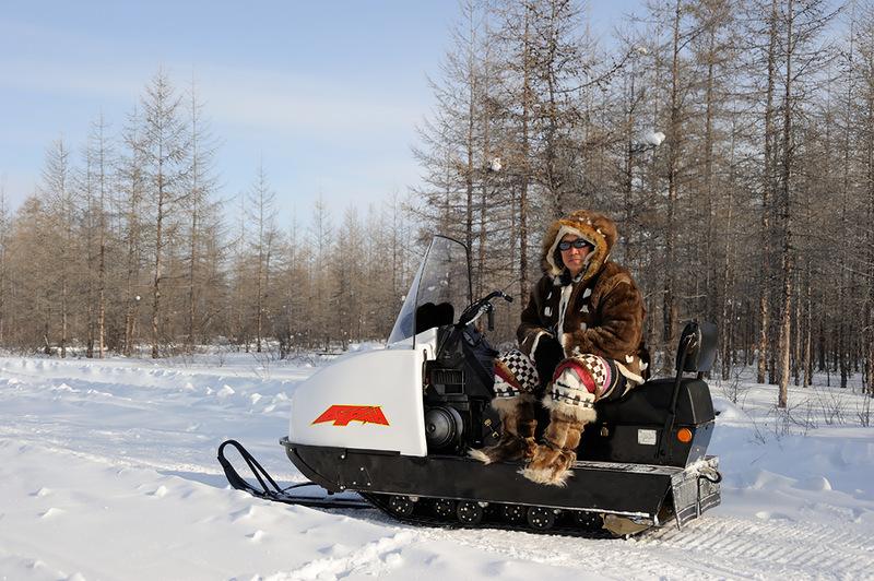 Олени хорошо, а снегоход лучше!