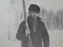 Старое фото.Я молодой на зимней охоте в 19 лет.