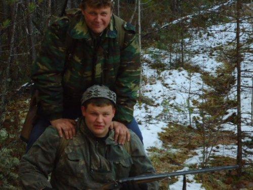 Однажды в студеную осеннюю пору ,с дядькой с трудом поднимались мы в гору