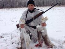 Открытие...первый, свежий снег! Первые зайцы, но немного кровавое зрелище….