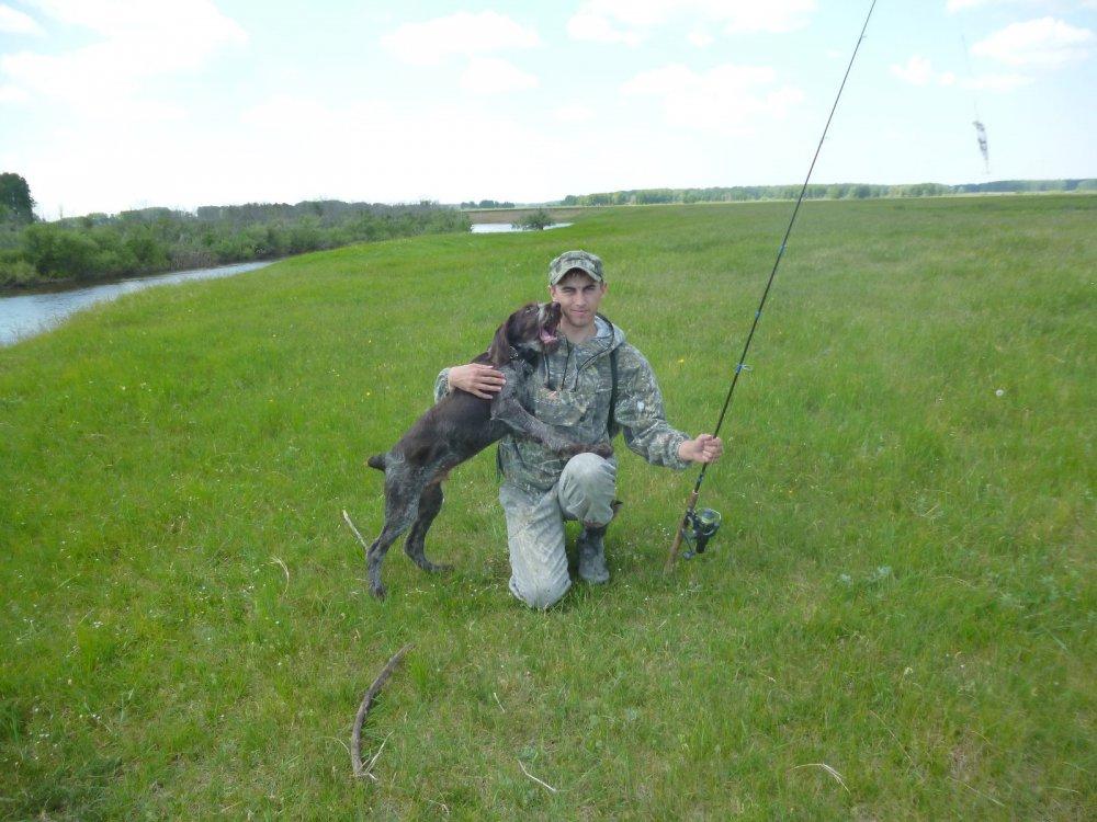 С другом на рыбалку