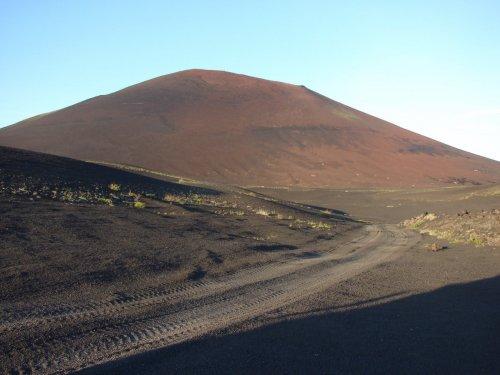 """Марсианские пейзажи Толбачика - здесь в 1969 году испытывали """"Луноход"""""""