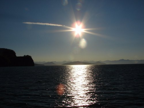 Солнце над Тихоокеанским побережьем Камчатки июнь 2016