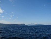 Вид на Корякский и Авачинский вулканы с Тихого океана