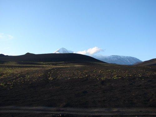 Марсианские пейзажи Толбачика - в районе вулканов Острый и Плоский Толбачик Ключевская группа вулканов Камчатка июнь 2016