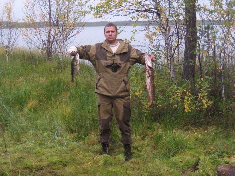 между охотой рыбку половили