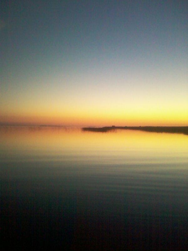 Закат на озере Чаны.