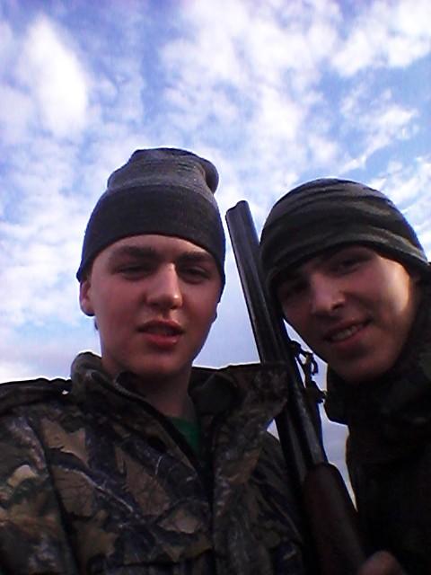 весна 2014)с братишкой на охоте)