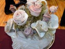 Розы из строганины