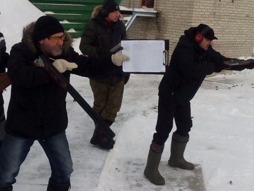 Стреляем и примеряемся даже с протоколом в руках)))